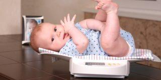Нормы веса ребенка по месяцам в таблицах